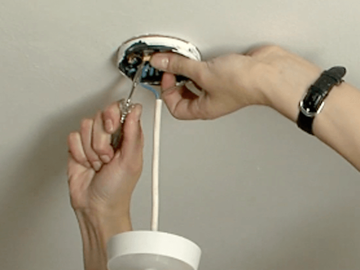 How To Change Light Fittings   Woodie's