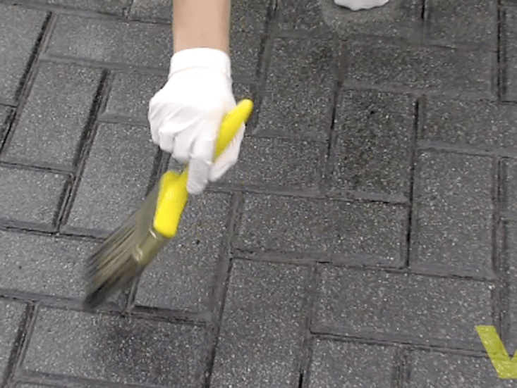 How To Seal A Driveway   Woodie's